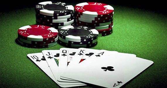 Keuntungan Bermain Poker Online Yang Bermanfaat